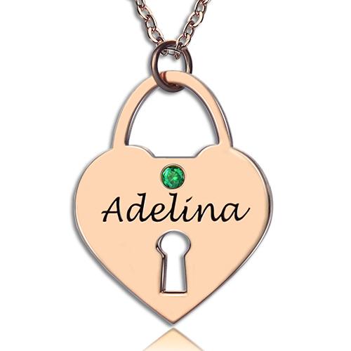 Pingente em ouro rosa de coração acorrentado personalizado com nome