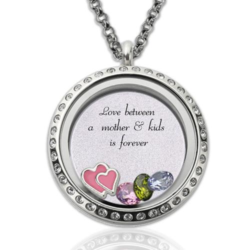 Medalhão gravado com pedras zodiacais: presente de amor para a mãe