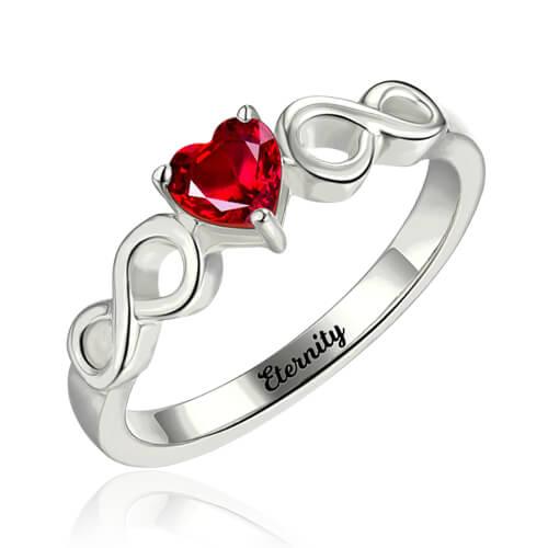 Anel Infinito Gravado de Prata Com Coração em Pedra zodiacal