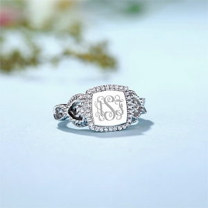 Women's Engraved Classic Monogram Ring