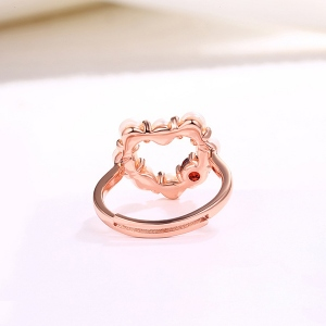 Heart-shaped Pearl Ring With Garnet