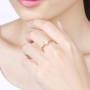 Elegant Freshwater Pearl Ring Gold Plated Silver