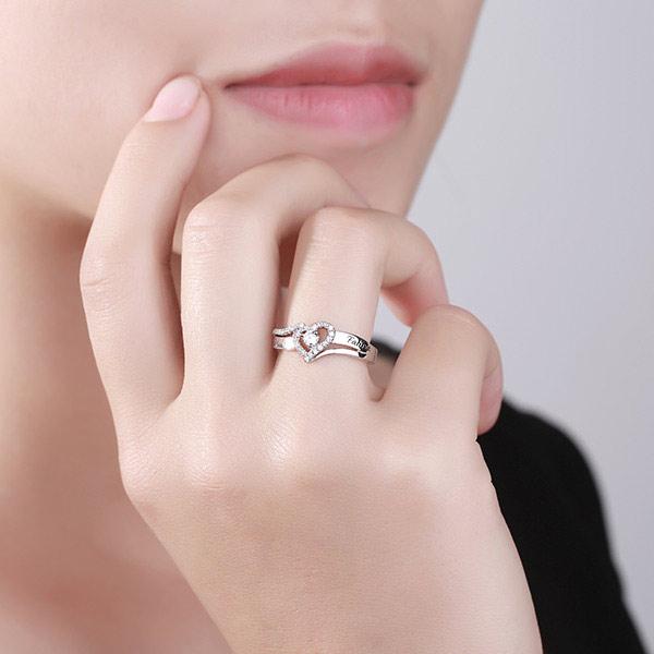 Anel prata esterlina CZ gravadoem formato de coração