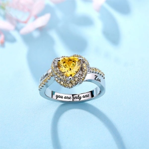 personalized heart ring with name