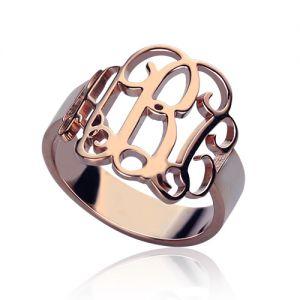 Delikatna biżuteria od getnamenecklace.com