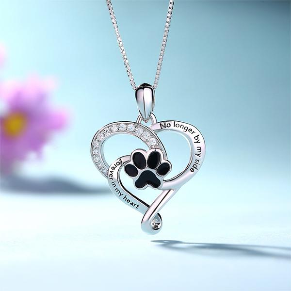 Colar Coração personalizado com formato de pata do animal de estimação