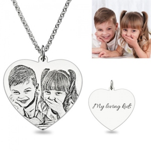Marvelous Engraved Heart Photo Pendant Necklace