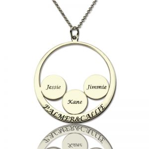 Personalized Circle Family Names Pendant For Mom Silver