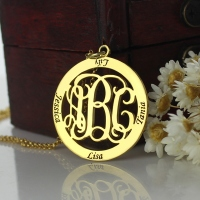 Family Monogram 4 Names Necklace In Gold Plated